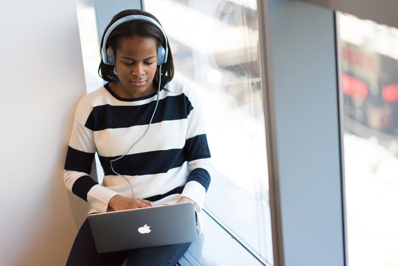 Modern Businesses Online Meetings
